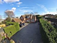 4 bedroom Detached house in FLACKWELL HEATH