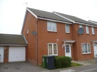 3 bed semi detached house to rent in Salk Road, Gorleston