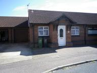 Semi-Detached Bungalow to rent in Thames Way, Caister