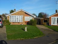 2 bed Detached Bungalow in Hales Close, Caister