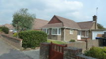 Detached Bungalow to rent in Cowdray Drive...