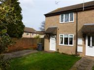 2 bed property in Manor Way...