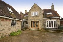 5 bedroom Detached property in London Road, Feering...