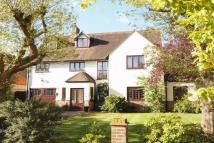 Detached property to rent in Beckenham, Kent