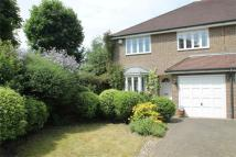 4 bed Detached home to rent in Hanley Place, Beckenham...
