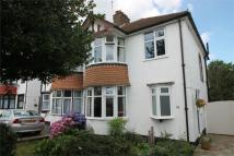 3 bed semi detached house in Links View Road, Shirley...