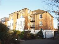 2 bed Flat in Wooderson Court...