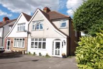 3 bedroom semi detached house in Eden Park Avenue...