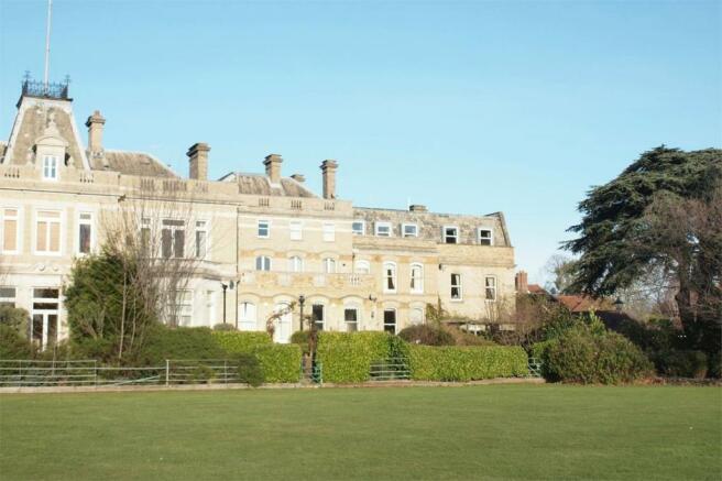2 Bedroom Penthouse For Sale In 18 Bucknall Way Langley Park