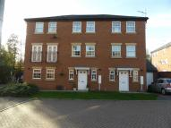 Town House to rent in Cockayne Close, Rothwell