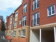Flat to rent in Isabelle Court...