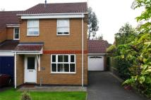 3 bedroom semi detached house to rent in Rhodes Close...