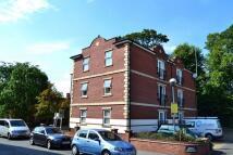 Flat to rent in Matthew Clarke House...