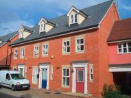 Detached home in Hatcher Crescent, Hythe