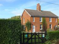 3 bed semi detached house in Louth