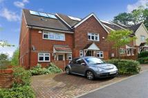 4 bed Town House in Tupwood Lane, Caterham...