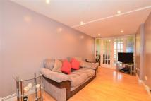 4 bed Detached house in Macaulay Road, Caterham...