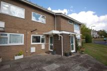 2 bed Flat in Rowans Park, Lymington