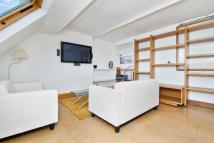 Flat to rent in Elgin Avenue, Maida Vale...