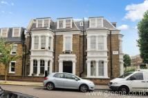 Flat for sale in Fernhead Road...