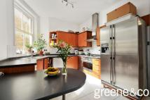 3 bed Flat to rent in Morshead Mansions...