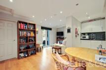 2 bedroom Flat to rent in Warwick Avenue...