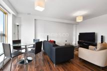 2 bedroom Flat in Chase House...