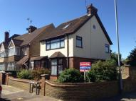 4 bedroom home in Westcliff Road...