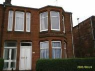 Flat in Crow Road, Jordanhill...
