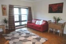 Flat to rent in HARBOURSIDE COURT