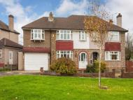 4 bed home in Churston Drive, Morden...