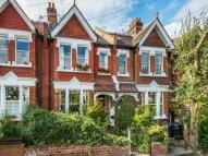 2 bedroom Flat in Penwortham Road, London...