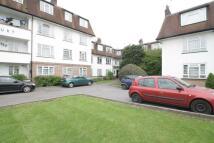 Flat to rent in Grosvenor Court, Morden...