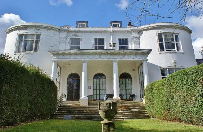 5 Bedroom Character Property For Sale In Pains Hill Portsmouth Road Cobham Surrey Kt11 Kt11