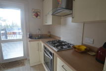 3 bed Maisonette for sale in Town Centre