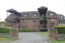 1 bedroom Flat for sale in Harmmondsworth, Middlesex