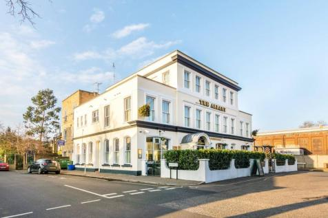 Swanston Court, Twickenham, TW1, London - Flat / 2 bedroom flat for sale / £324,950