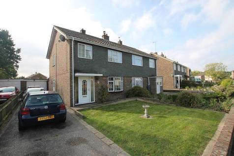 Bed Room House For Sale In Crawley