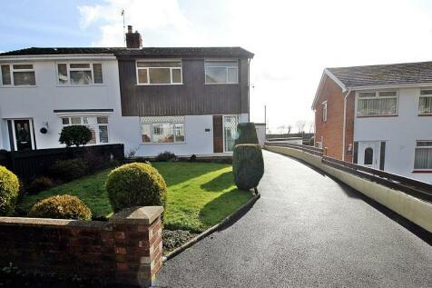 Talbot Close, Talbot Green, Pontyclun, Rhondda, Cynon, Taff. CF72 8AS, South Wales - Semi-Detached / 3 bedroom semi-detached house for sale / £199,950