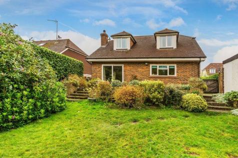 4 Bedroom Houses For Sale In Hindhead Surrey Rightmove