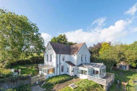 Resevoir House, Treharris, CF46 5RN, South Wales - Detached / 3 bedroom detached house for sale / £345,000