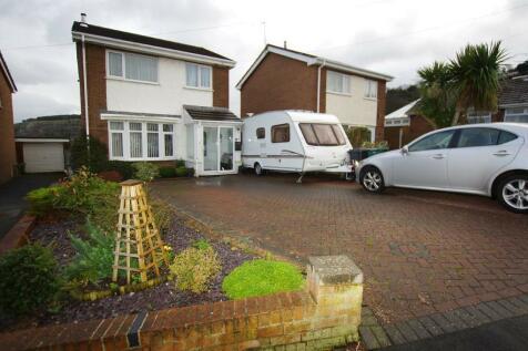 Bron Wern, Llanddulas, LL22 8JD, North Wales - Detached / 3 bedroom detached house for sale / £165,500