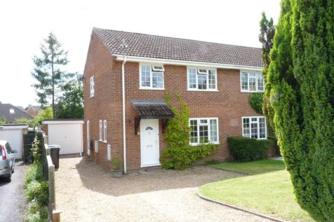 3 Bedroom Houses To Rent In Liphook Hampshire