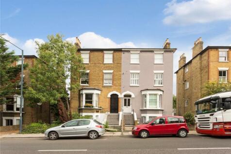 Church Road, Richmond, Surrey, TW10 6LN, London - Flat / 2 bedroom flat for sale / £575,000