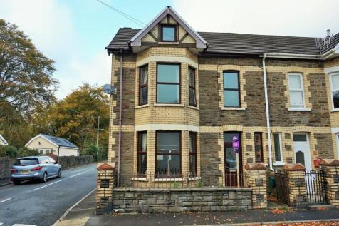 Park Place, Newport, NP11 7DB, South Wales - Semi-Detached / 3 bedroom semi-detached house for sale / £137,500