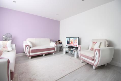 1 Bedroom Flats To Rent In North London Rightmove