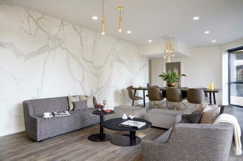 2 Bedroom Flat, Bedford Avenue, London, WC1B · Greater London ...