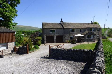 Sparrowpit, Buxton, SK17 8ES, East Midlands - Farm House / 5 bedroom farm house for sale / £599,950