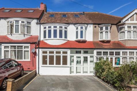 4 bedroom houses for sale in morden surrey rightmove for Morden houses for sale