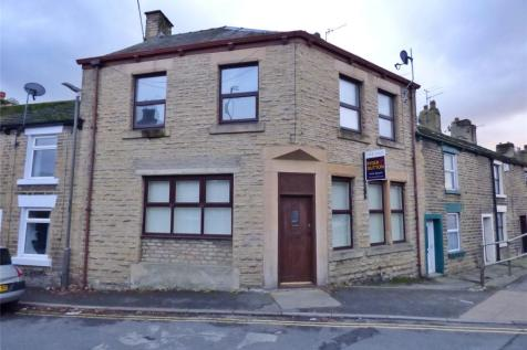 High Street East, Glossop, SK13, East Midlands - Terraced / 3 bedroom terraced house for sale / £149,950